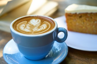 coffee-2354860_1920.jpg